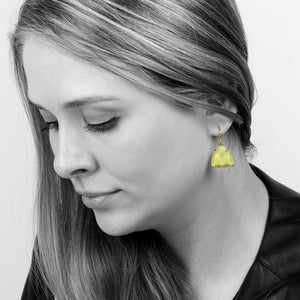 Gold earrings,triangle stone earrings,trillion earrings,lemon quartz earrings,gemstone earrings,prong earrings,dangle earrings