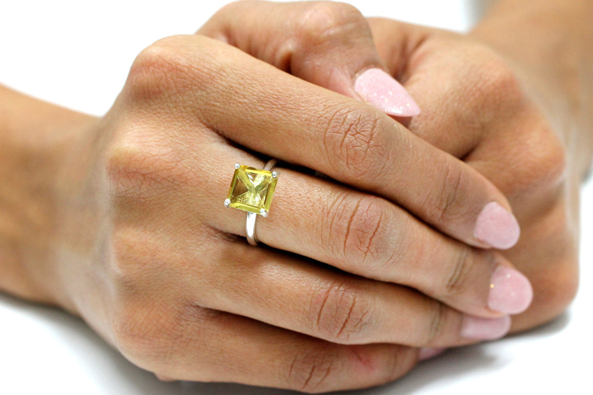 square lemon quartz ring,silver ring,yellow quartz ring,silver stone ring,gemstone ring,stack ring,custom ring