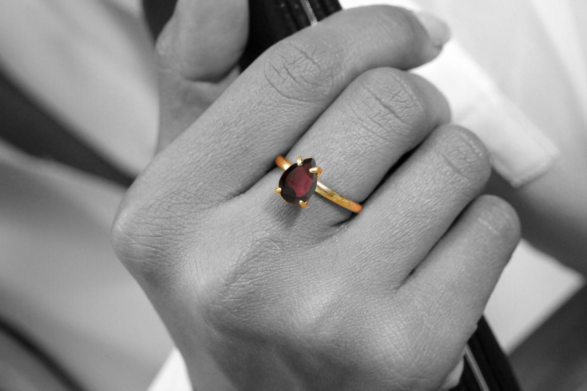 January birthstone ring,red garnet ring,semiprecious ring,cocktail ring,stack ring,gold ring,solid gold ring,engagement ring