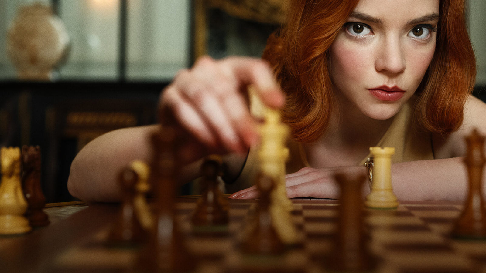 Thinking of Competitive Play? What Chess Sets Do Pros Use?