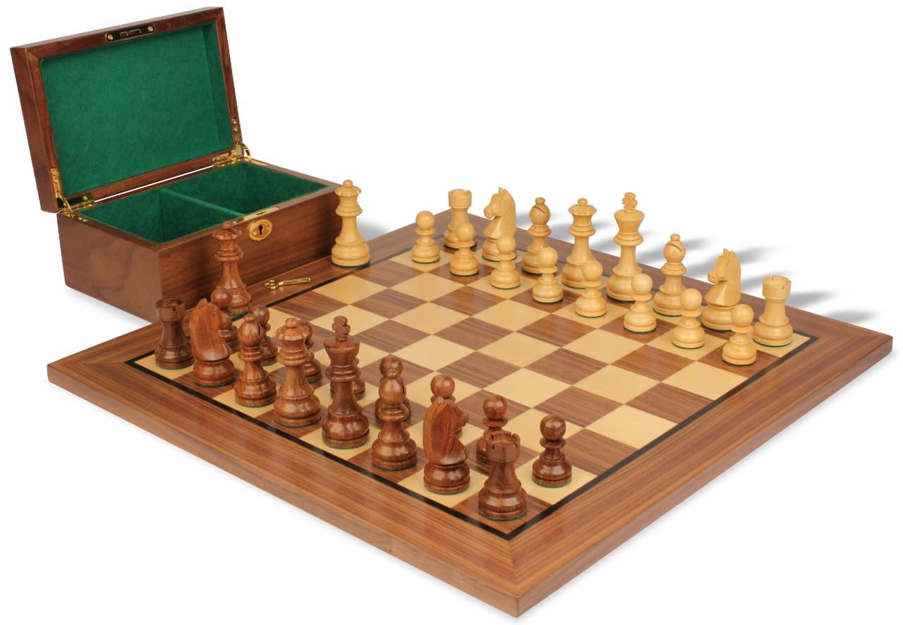 How to maintain a long lasting friendship with your chess board and chess pieces?