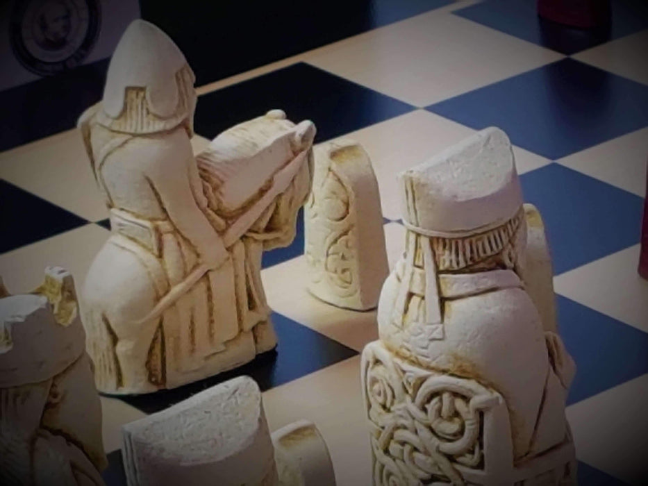 Isle of Lewis Tuscan Anegre Chess Set - Official Staunton™