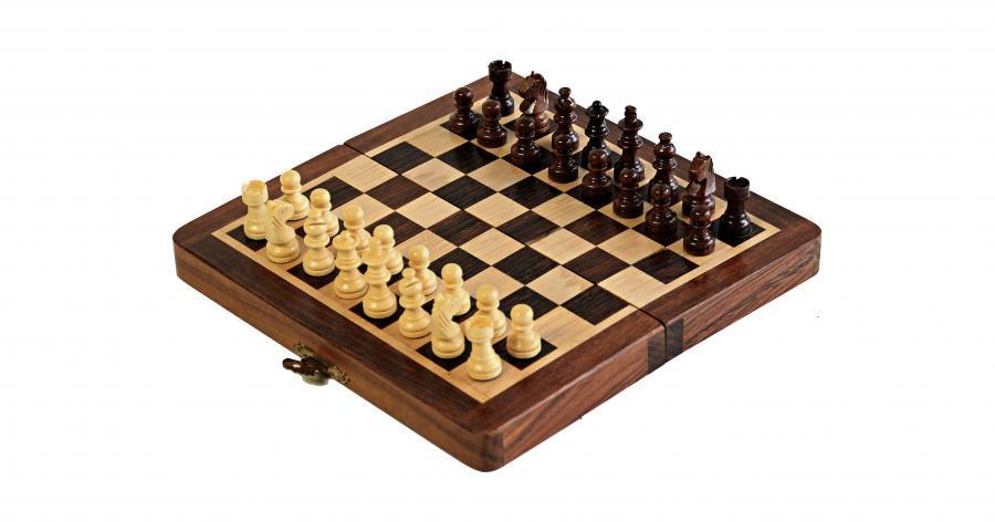 "7"" Solid Wood Handmade Magnetic Travel Chess Set - Official Staunton™"
