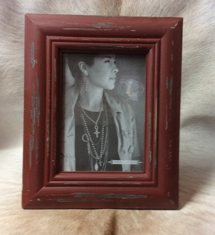 "Distressed Red Picture Frame 5"" x 7"""