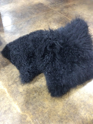 "16"" TIBETAN SHEEPSKIN PILLOW IN BLACK"