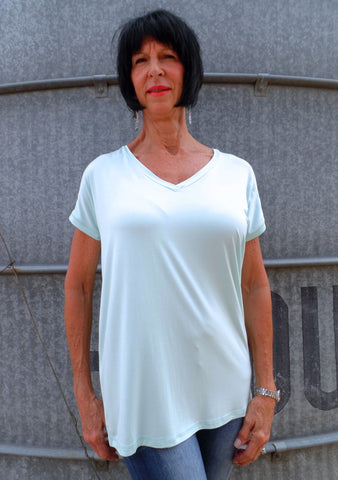 V-Neck Piko Top