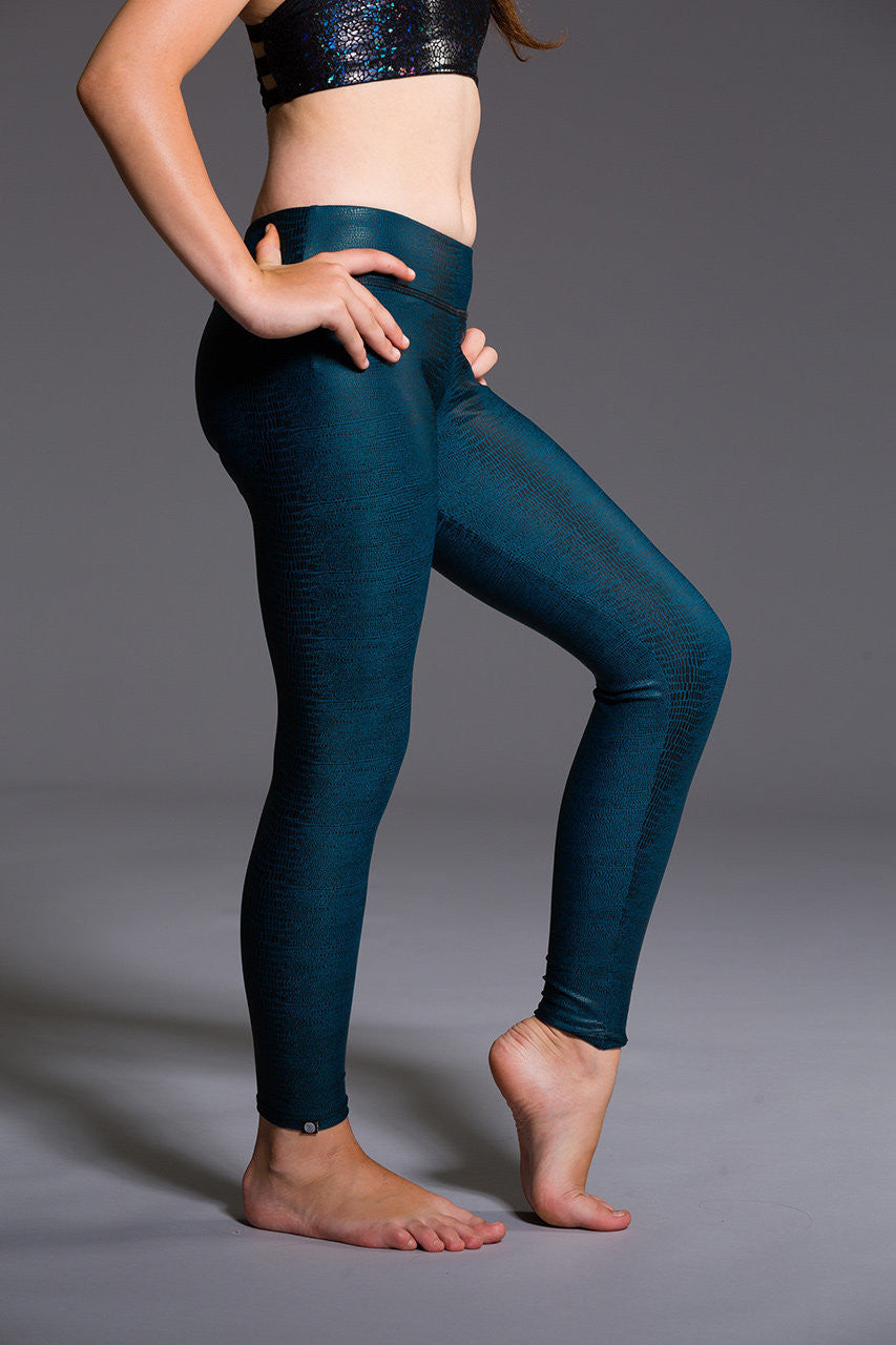 Onzie Youth Long Legging- Fiji Snake