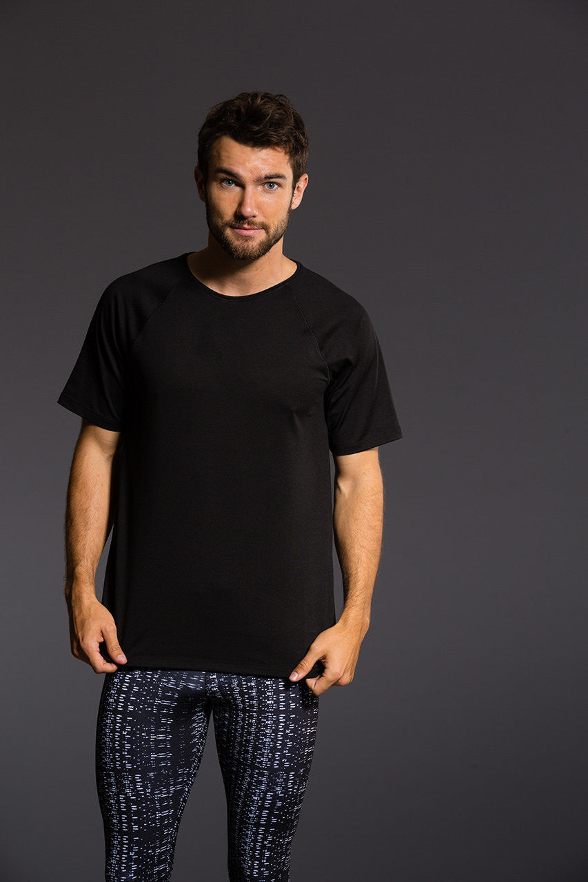 Onzie Men's Raglan Short Sleeve Tee - Black