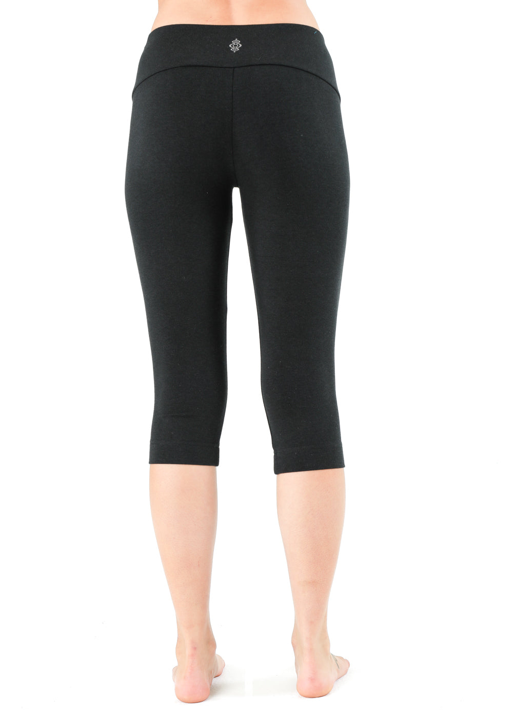 Spectrum black capri yoga legging bamboo organic cotton