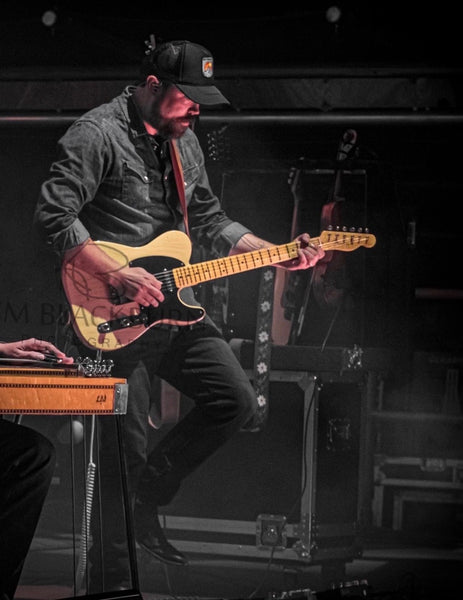Electric Country Guitar, From Its Roots to the Present