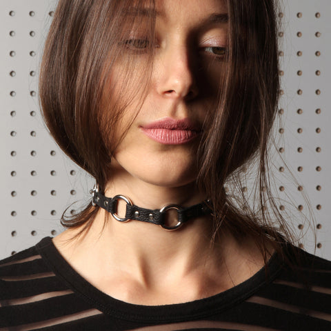 choker, bondage, black leather choker