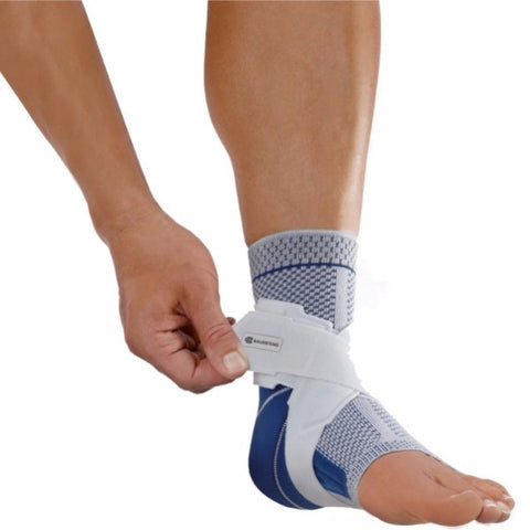 Bauerfeind MalleoTrain S Ankle Support - CSA Medical Supply