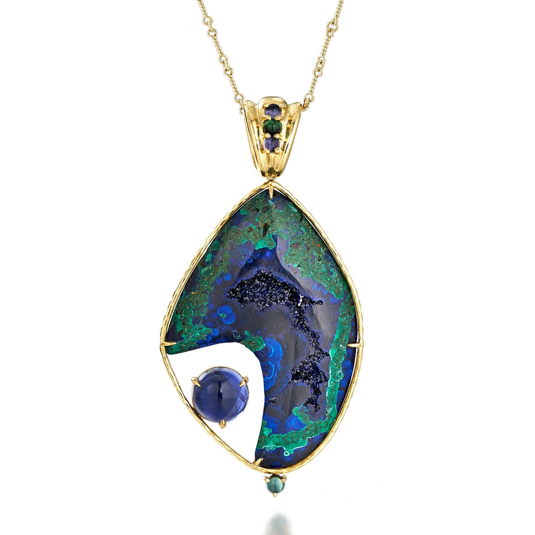 Azure World Pendant with Azure-Malachite and iolite, 18k yellow gold