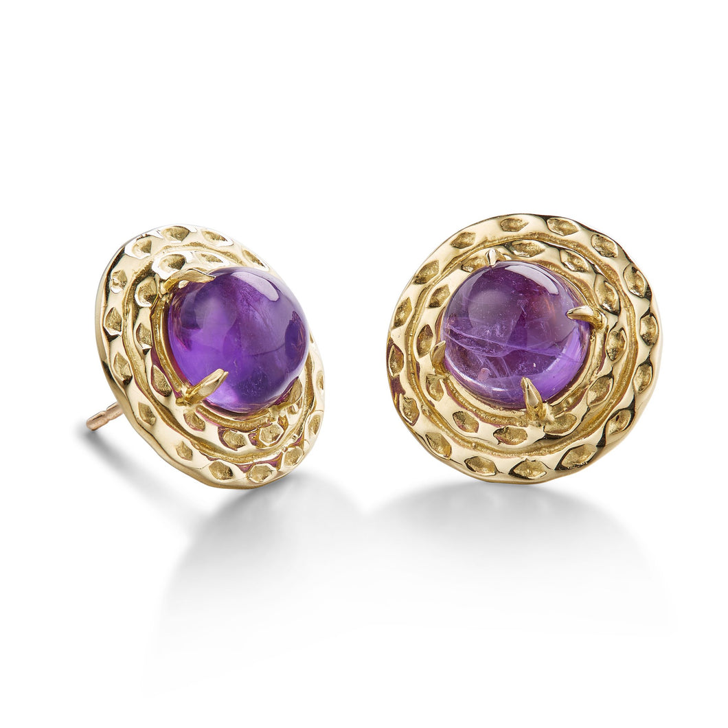 everyday stud earring with amethyst in double surround of 18k yellow gold