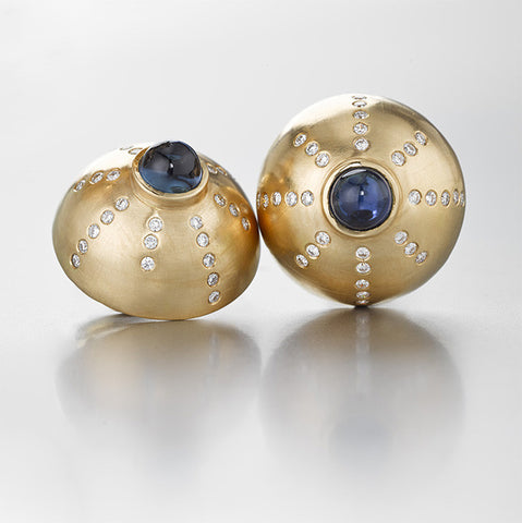 Blue sapphire cabochons, yellow gold, diamond dome clip earrings