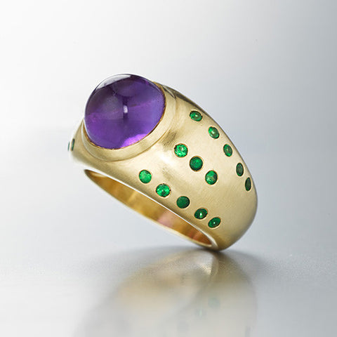 Luna Ring with amethyst cabochon, green tsavorites, 18k yellow gold