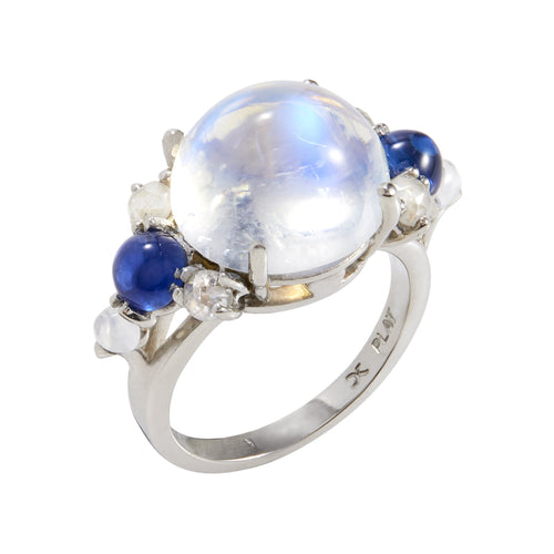 Dagny Splendid Moonstone Ring