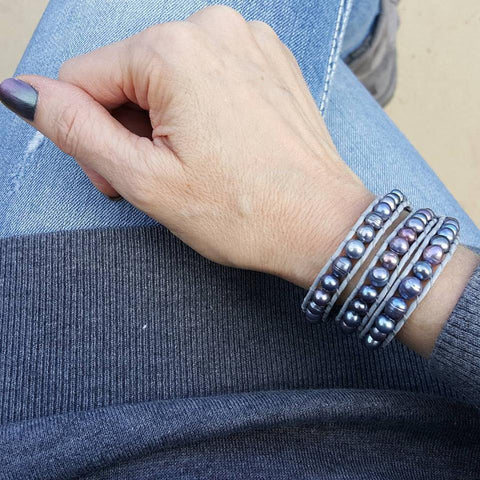 Image of Peacock Blue Freshwater Pearls on Grey Leather Wrap Bracelet