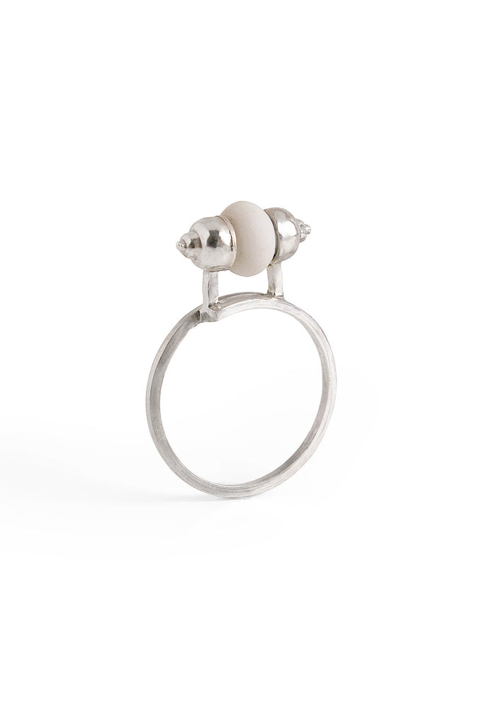 contemporary ring, artistic ring, silver ring, lacuna jewelry, contemporary jewelry, yafit ben meshulam, made in israel