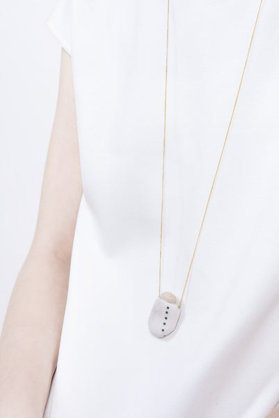 HITOMI NECKLACE
