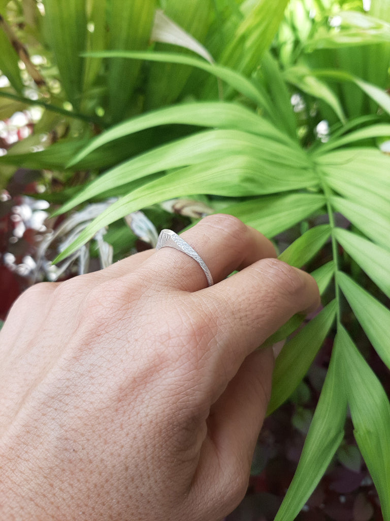 unique dainty delicate silver ring by lacuna jewelry