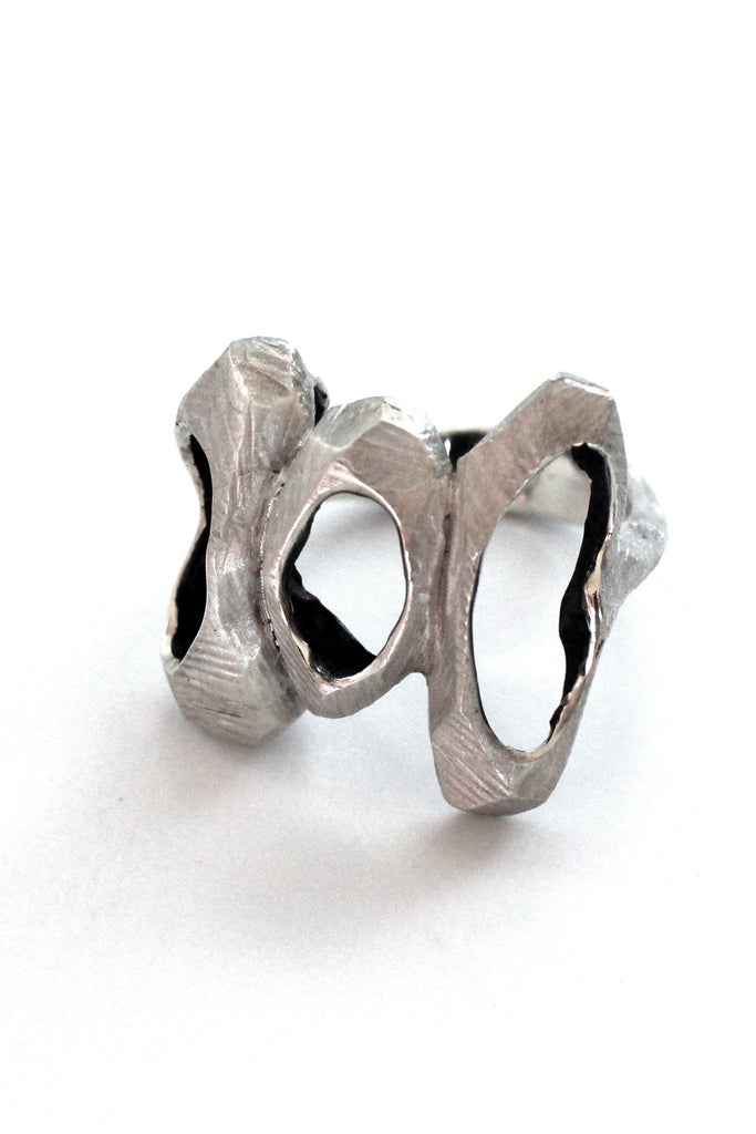 unique nature chunky silver ring by lacuna jewelry