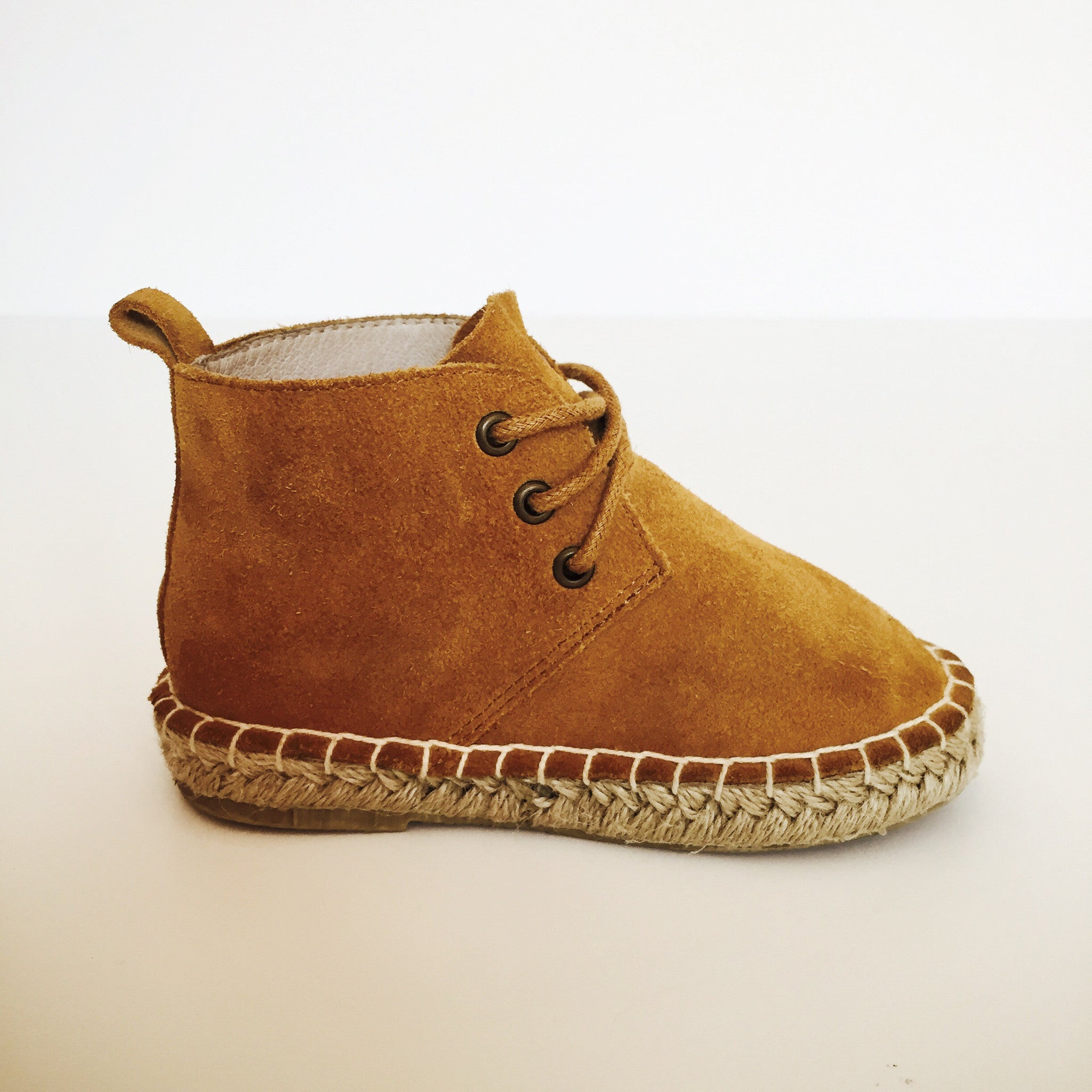 Wheat (Tan Suede)