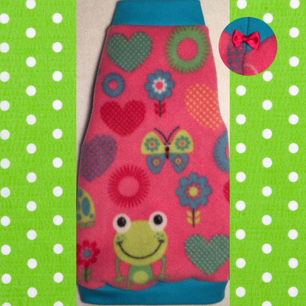 "Pink and Green Frogs Fleece ""Ribbiting"""