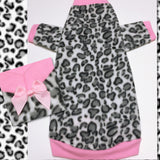 Leopard long sleeve fleece for your sphynx. pink and gray sphynx clothes