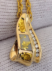 Natural Gold Quartz Gold Nugget & Diamond Pendant