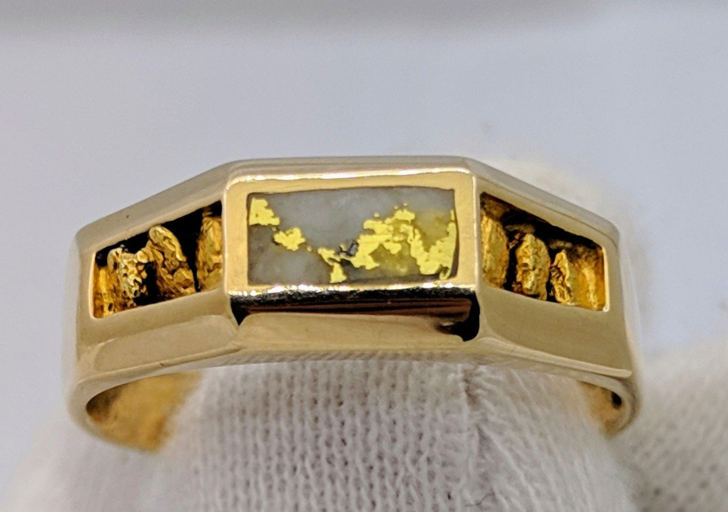 Natural Gold Quartz & Gold Nugget Men