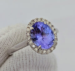 Tanzanite & Diamond Halo Ring 14kt White Gold