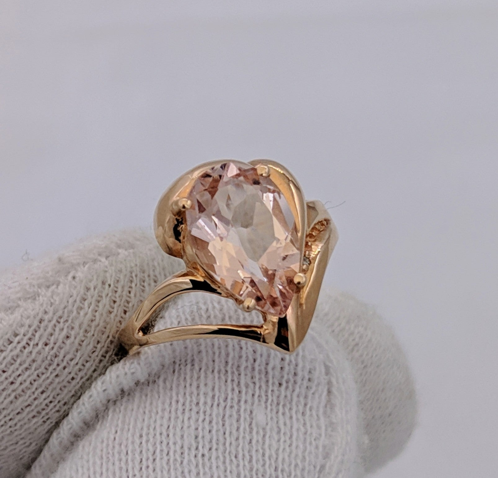 Morganite & Diamond Ring 14kt Rose Gold