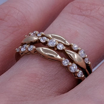 Triple Diamond Ring 14kt Yellow Gold