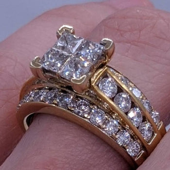 Princess Cut & Round Diamond Ring 14kt Yellow Gold
