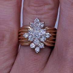 Round Diamond Flower Ring 14kt Yellow Gold