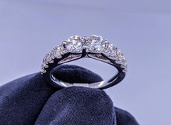 Round Diamond Ring 14kt White Gold