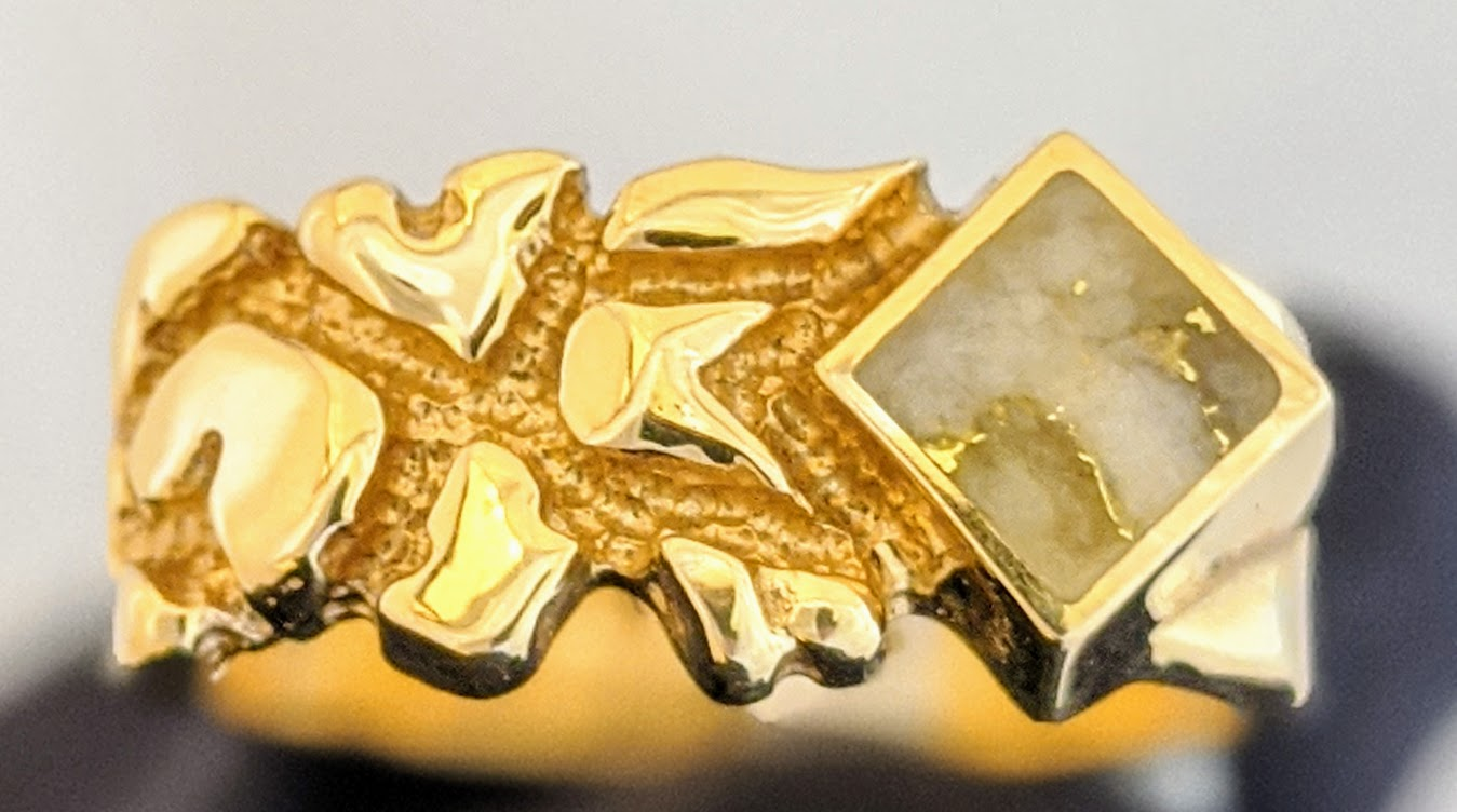 Natural Gold Quartz Men
