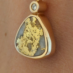 Reversible Natural Gold Quartz & Gold Nugget Pendant