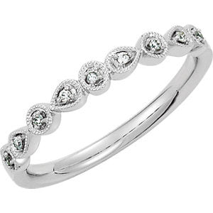DIAMOND BAND 14KT WHITE GOLD RING