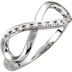DIAMOND INFINITY RING 14KT WHITE GOLD