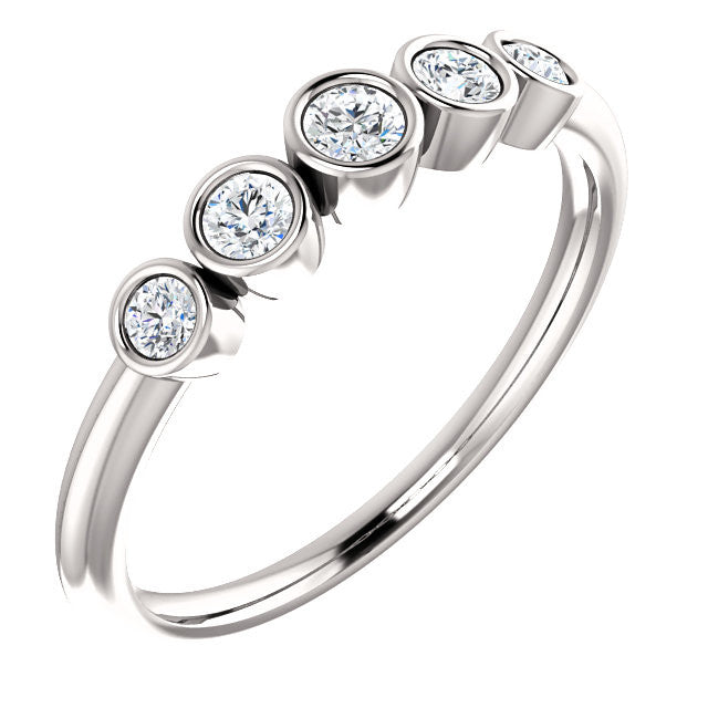 FIVE-STONE BEZEL SET DIAMOND RING 14KT WHITE GOLD