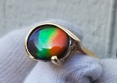 Oval Ammolite Ring 14kt Gold