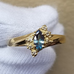 ALEXANDRITE & DIAMOND RING 14KT GOLD