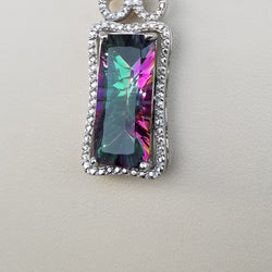 NORTHERN LIGHTS PENDANT WITH ADJUSTABLE CHAIN