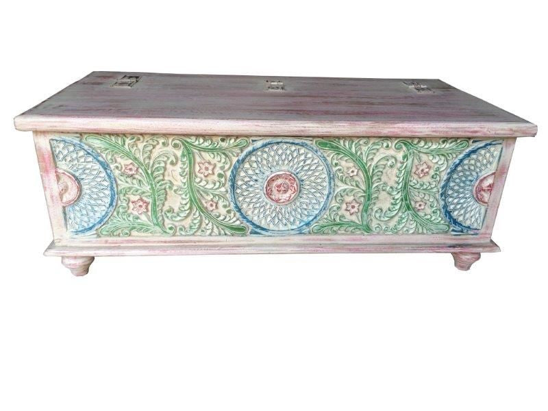 ... KGN SIBOX01 Painted Wooden Trunk/Coffee Table