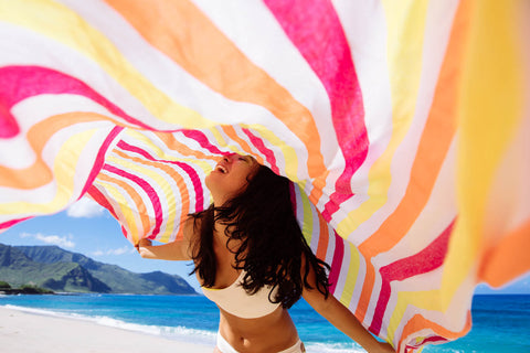 La Paula extra large beach throw in Hawaii beach style photoshoot by las bayadas and ladyslider