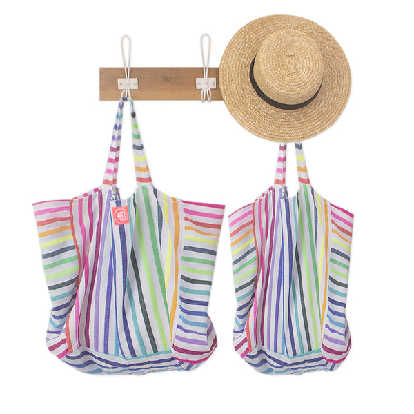 Colorful beach bags for beach days