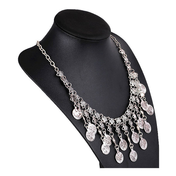 MINDY. Silver Statement Coin Necklace | Elnique