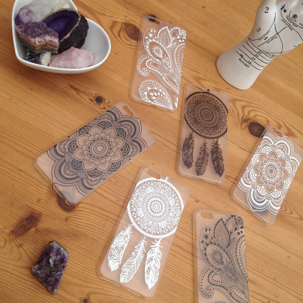 Black & White Henna Phone Cases | Elnique